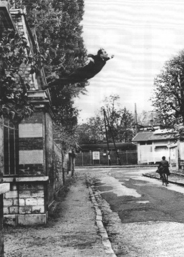 Le Saut dans le vide (Leap into the Void);
